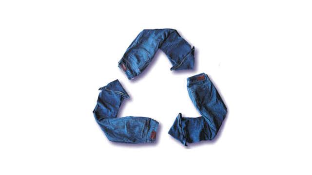 Moda confeccionada textiles reciclados