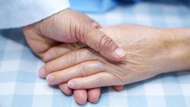 Encuentra al cuidador de personas mayores ideal en madrid