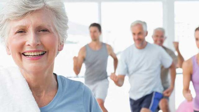ejercicios para personas mayores y de la tercera edad