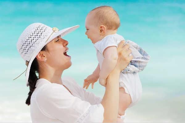 10 ideas de regalos para una joven madre